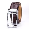 por encargo de estilo patrón de cocodrilo marrón de cuero auténtico pasador de la hebilla del cinturón de los hombres