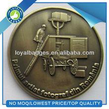 Souvenir old gold commemorative coin