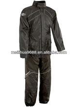 siyah su geçirmez kapüşonlu honda motosiklet yağmur ceket