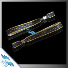 2015 Fashion Satin Bracelet Ribbon Wristband Custom Logo Fabric Bracelet for Promotional Gifts