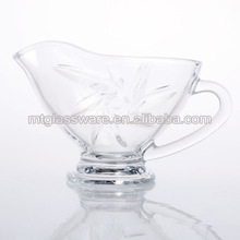 Rigid glass cravy boat/sauce boat with sun pattern