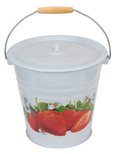 30cm Enamel White/ Yellow Color Water Bucket Strawberry Decal White Enamel Porcelain Bucket With Cover