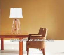 Sitting Room Decorative Energy Saving Wood Table/Desk Lamps