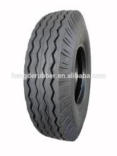 Curve pattern light truck tire