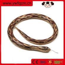 China wholesale snake wood,handmade wooden toy snake,lifelike cobra snake toy