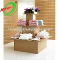 3 tier praça de exposição de madeira stand mesa para loja de roupas