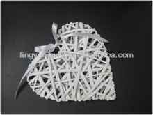 cheap popular willow decoration,willow heart for Christmas