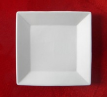 Pass FDA white durable porcelain square dinner plate with logo for hotel and restaurant