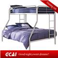 moderno dormitório de solteiro de camas de beliche