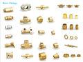 Muchos tipos de accesorios de latón