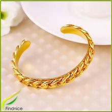 Single Line Link Chain Bangle Bracelet in Gold Plating