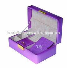 romantic purple leather jewelrys carrier, leather jewelrys box