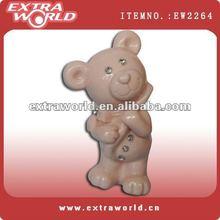 ceramic polar bear with diamond