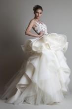 Latest New Fashion Elegant Ball Gown Floor Length Ruffled Weeding Dress