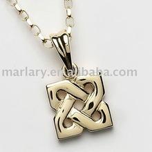Gold plating celtic knot pendant