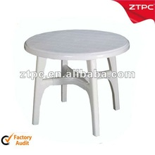 PP Plastic Ourdoor Table in white