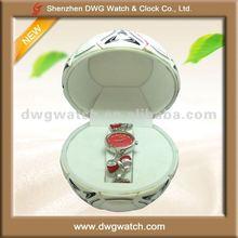 Fashion Alloy Women Gift Watch Set with Cute Box