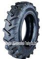 neumáticos del tractor agrícola