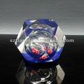 dados en el interior tranparentesdiseño poliedro