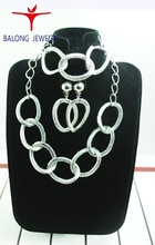 China-made fashion alloy jewelry set with necklace earrings necklaces rings