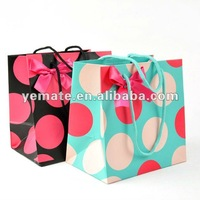 Blue black red Round dots Glossy laminated paper bags,hdpe laminated paper bags, matte laminated shopping bag with cottan handle