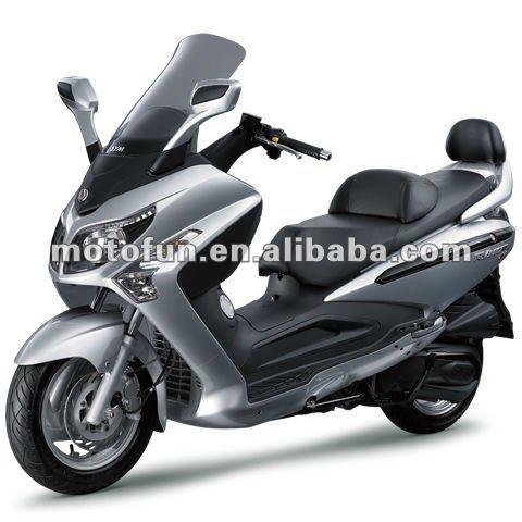 TAIWAN SYM RV 250 cc EFi EVO NEW SCOOTER / MOTORCYCLE