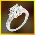 أعلى جودة الماس خواتم الخطبة المقلدة والمجوهرات