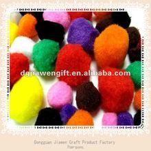 Coloré acrylique pompons, Pompons