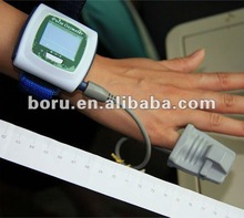 2013 New Arrival Wrist Digital Pulse Oximeter Retail / Wholesale)