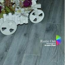 8mm Dark Rustic Oak Standard Finish Laminate Flooring 1686-8
