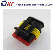 AMP/tyco 3 pole female waterproof auto connector