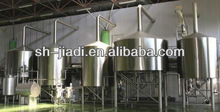Small scale beer brewing equipment