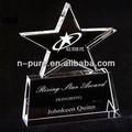 cristal de premios y trofeos de estrella en ascenso
