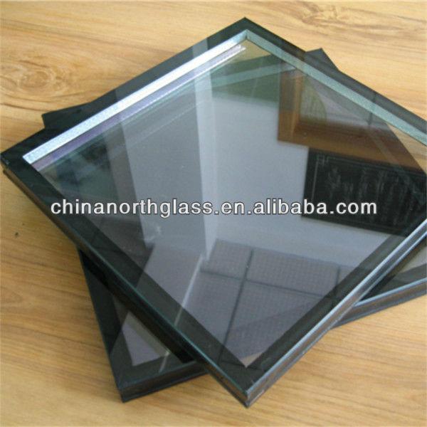Insulating window glass