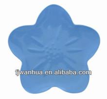 Flower shaped plates plastic