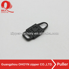 Fashion mini zipper puller for handbag