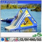 summer lake water games,floating jumping games,inflatable water toys