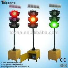 High luminance solar powered portable traffic light