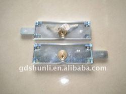 Rolling shutter door lock