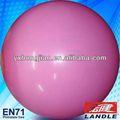 Eco- ambiente de color rosa bola suiza