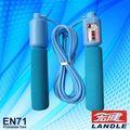 Corde. manufacture. outil principal utilisé dans le jeu en exercice étudiant