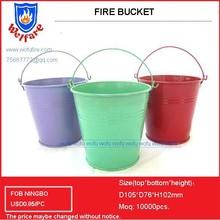 Metal sandy bucket with handle