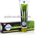 Dentista de hueso- carbón vegetal orgánico de pasta de dientes