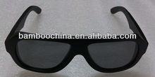 occhiali da solein legno