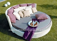 Round sunbed - Outdoor sun lounge