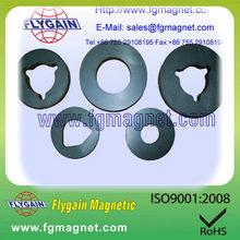 Ferrite magnet for speaker