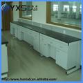 Metal e gaveta de madeira bancada em mobiliário de laboratório