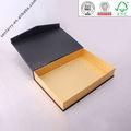 Boîte de carton avec logo personnalisé d'or avec fermeture magnétique pour la conception d'emballage certifié par ISO SGS