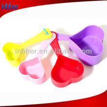 4pcs heart shape colored plastic measuring spoon