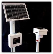 Remote moisture and temperature soil sensor
